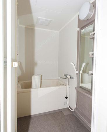 改装前の浴槽